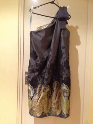 One shoulder dress5